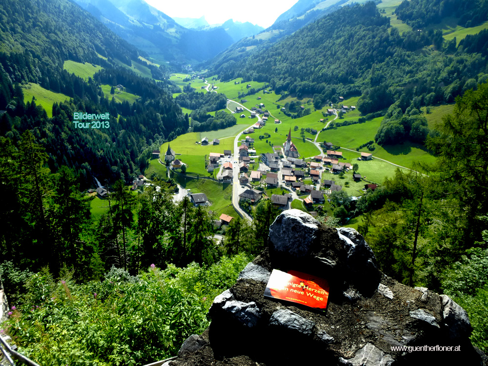Bilderwelt-Tour 2013 Der grüne Fluss in Jaun, Switzerland 1